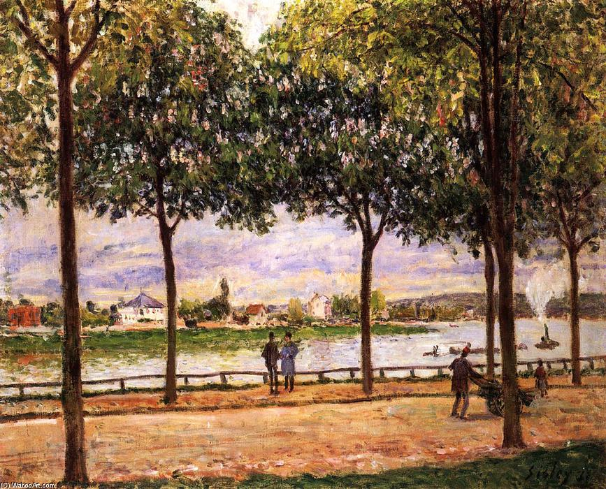 famous painting Promenade of Chestnut Trees of Alfred Sisley
