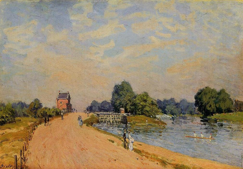 famous painting The Road from Hampton Court of Alfred Sisley